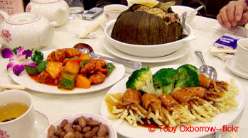 5 Day Hong Kong and Shenzhen Gourmet Muslim Tour with Disneyland